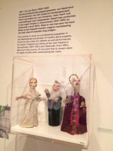 poppen cia van boort tentoonstelling 1001 vrouwen amsterdams museum